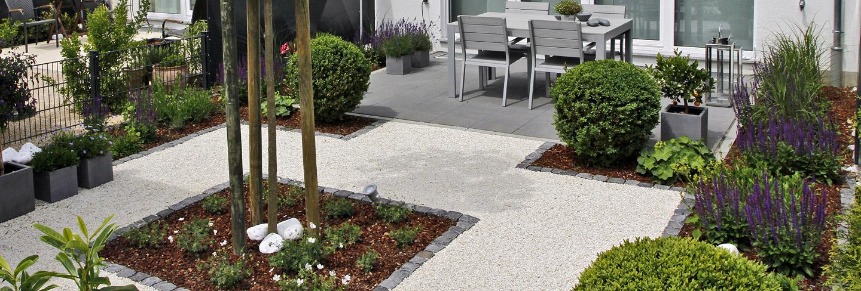 gartenplanung frankfurt kleiner reihenhausgarten 60 m. Black Bedroom Furniture Sets. Home Design Ideas